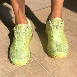Nike Shoes - Neon green Nike Air Max